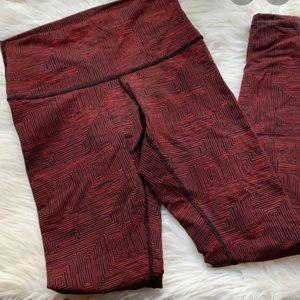 Lululemon Rare ! True Red Maze legging !😍💜
